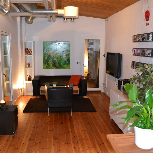 LoungeStudiosGroundFloor