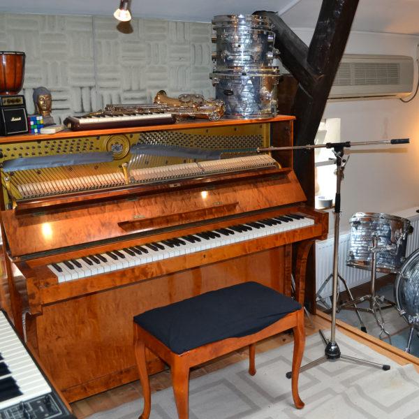 PianoAlexJohanStudio